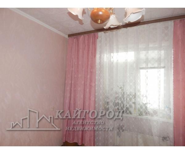 Сонячна тепла 2-кімнатна квартира