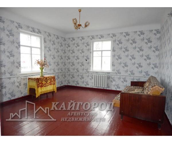 Продається будинок неподалік озера в с. Гайок