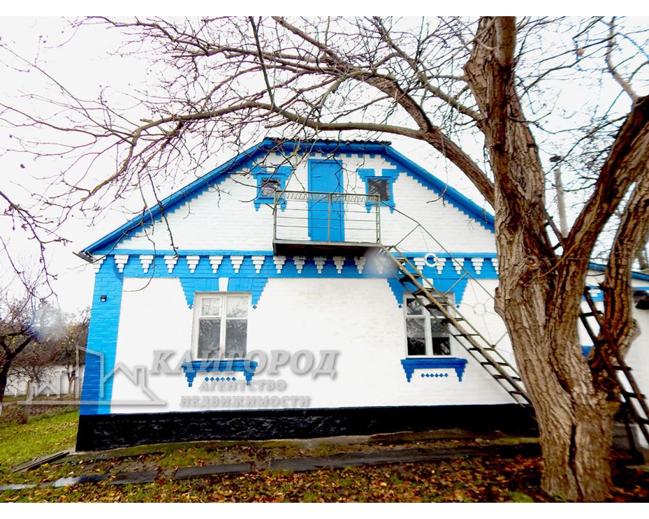 Продам цегляний будинок в селі Озерне