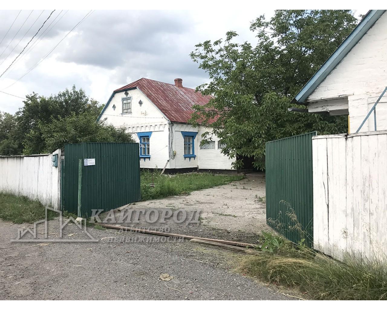 Оренда будинку в с. Шкарівка