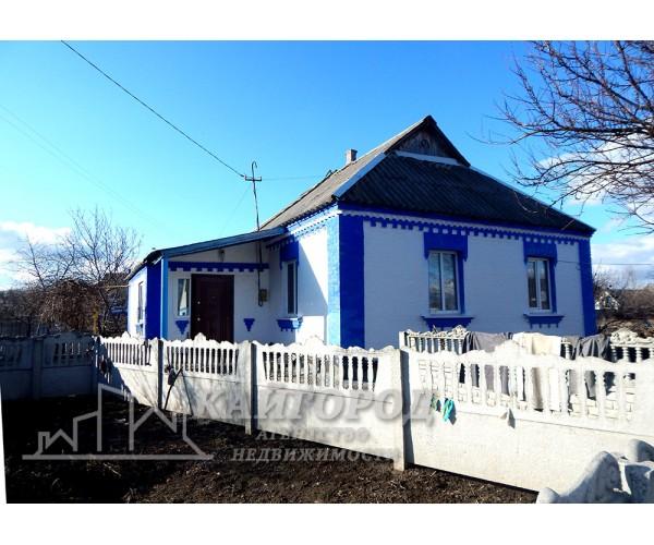 Продам жилой, уютный дом в с. Озерное