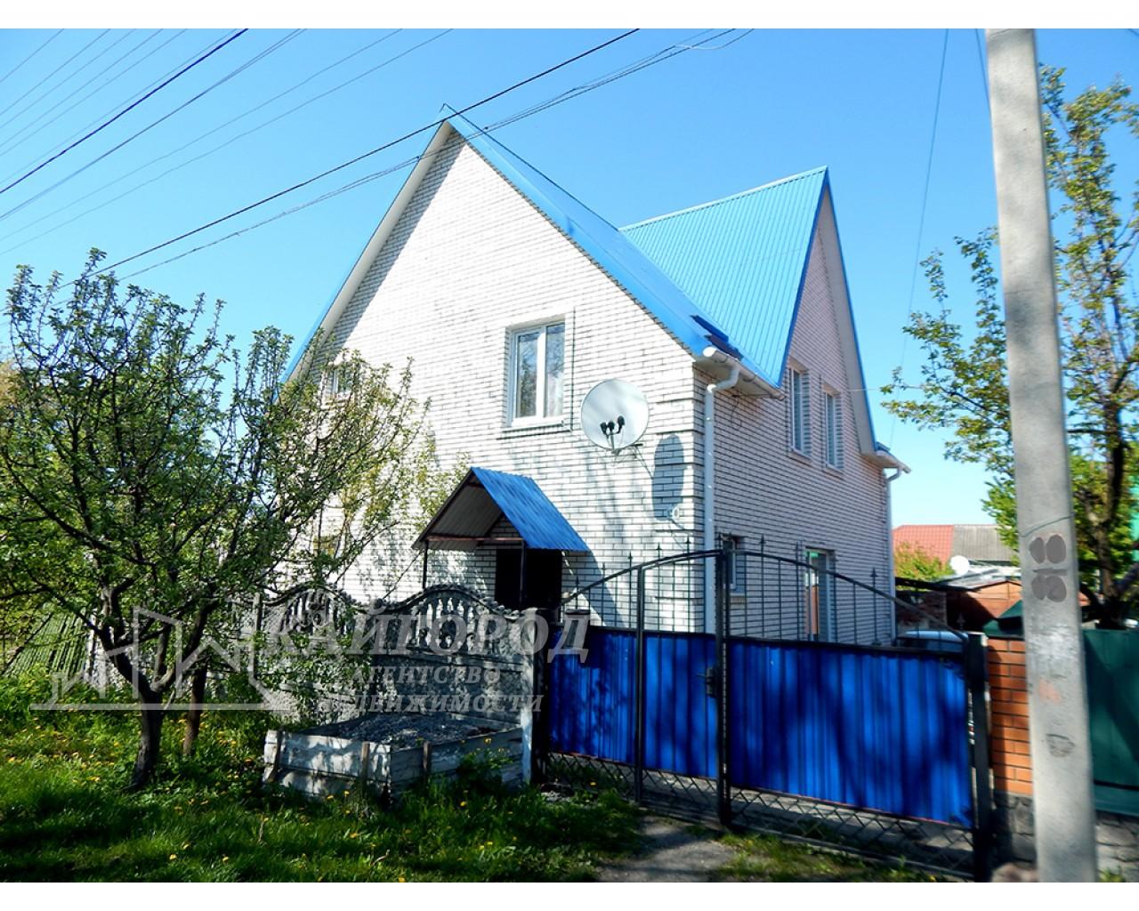 Продам двухэтажный кирпичный дом в городе Белая Церковь