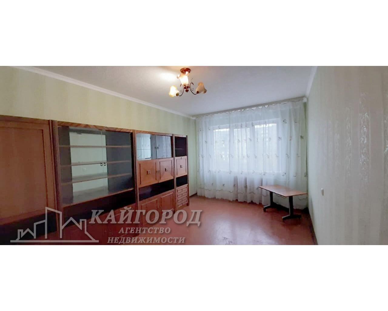 Продам 3 комнатную квартиру в хорошем доме, в центре массива Леваневский