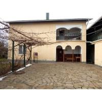 Двухэтажный, уютный дом с большим участком в районе Летра г. Белая Церковь